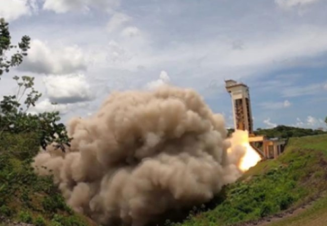 Successful final test firing of the P120C solid rocket motor (Ariane 6) in Kourou
