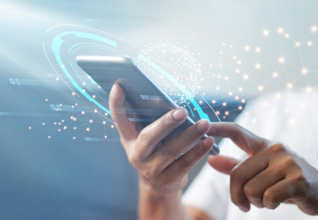 Securing mobile communications with quantum technologies